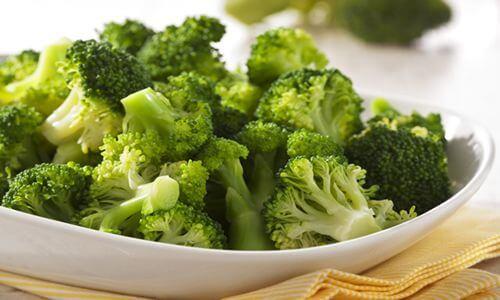 fotos planta brocoli alimento